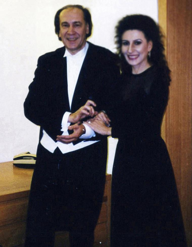LUCIA ALIBERTI col direttore HANS VONK⚘Concerto⚘Kolner Philharmonie⚘Colonia