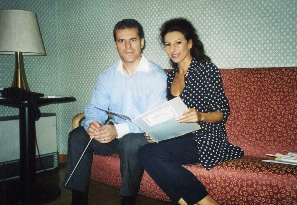 LUCIA ALIBERTI col direttore PATRICK FOURNILLIER⚘durante le prove⚘AUDITORIUM⚘in Milano