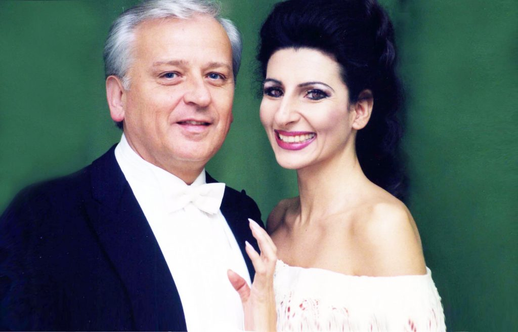 Lucia Aliberti with the conductor Ralf Weikert⚘during the Opera_Lucia di Lammermoor_,⚘Deutsche Oper Berlin